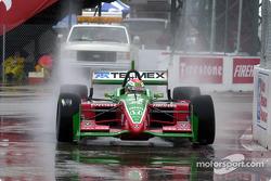 Adrian Fernandez in the rain