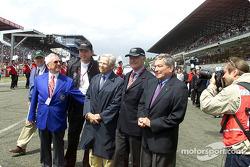Former Le Mans winner Paul Frere, Dr. Franz-Josef Paefgen, AUDI AG as well as Dr. Ferdinand Piech, Volkswagen AG, prior to the start