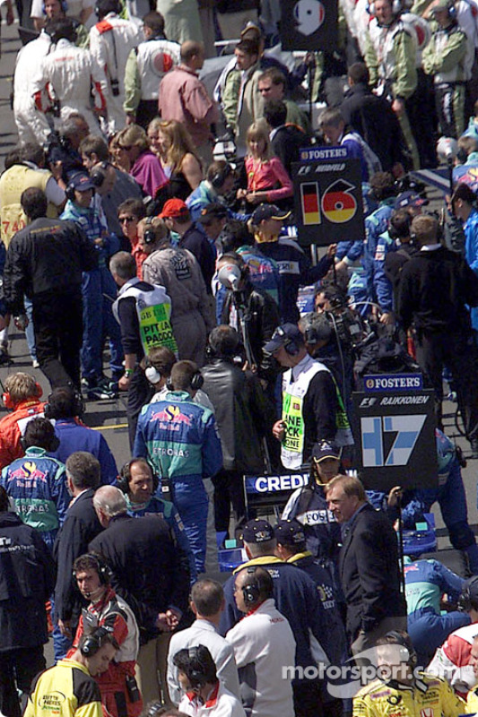 People on the pre-grid
