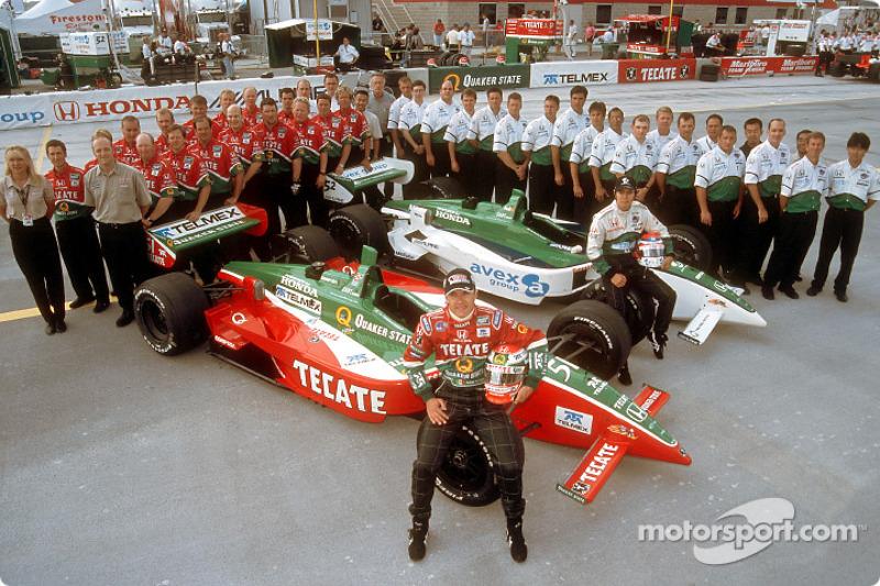 Before the race: Fernandez Racing team photo