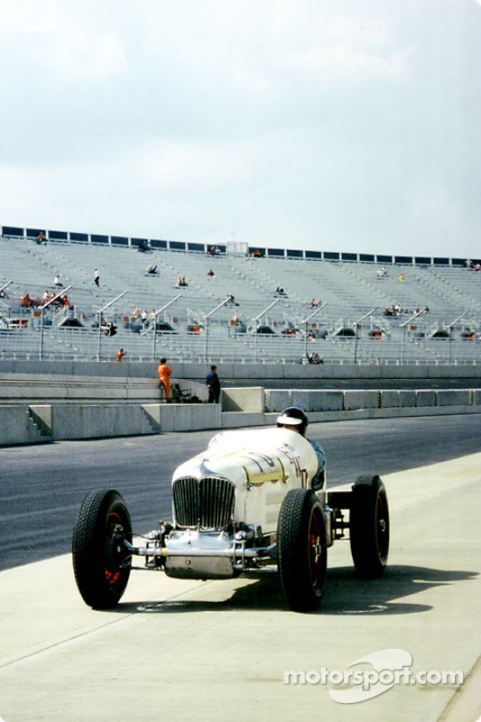 Brooklands never had this kind of grandstand