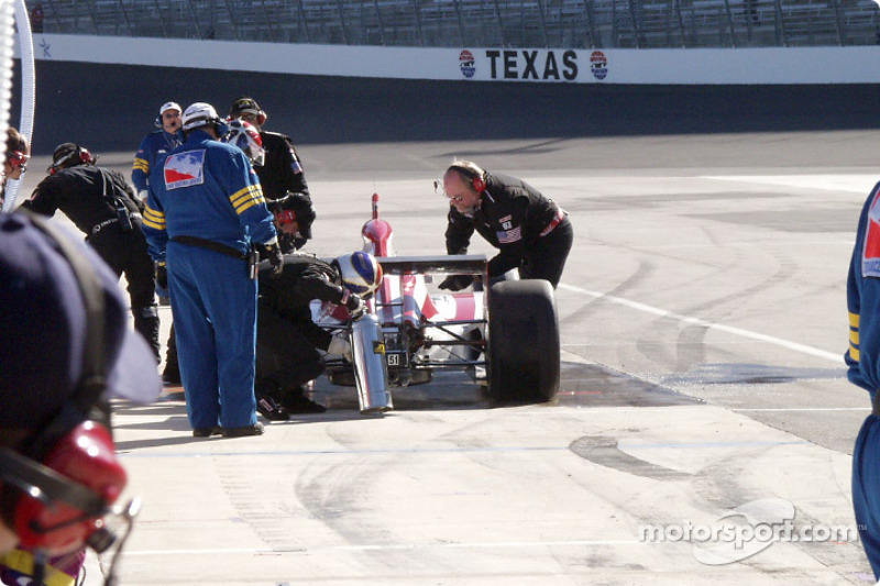 Eddie Cheever is having a bad day