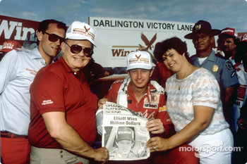 Harry Melling, Bill Elliott and Martha Elliott after Bill won the race and the Winston Million