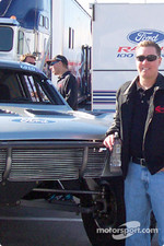Damen Jefferies Trick Truck contingency Row