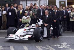 Malcolm Oastler, Jacques Villeneuve, Olivier Panis, David Richards, and Toru Ogawa