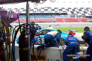 Racer's Group long pit stop