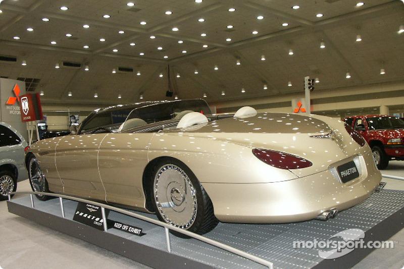 Chrysler Phaeton concept car