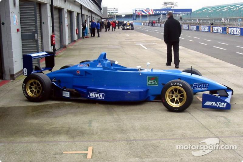 The 2002 Ralt F3 car