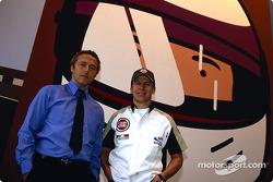 British artist Julian Opie brings together Art and Formula 1 racing: Julian Opie and Olivier Panis