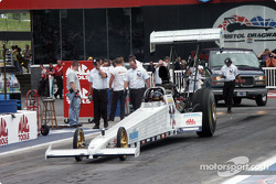 Gwynn-owned dragster heats the skins