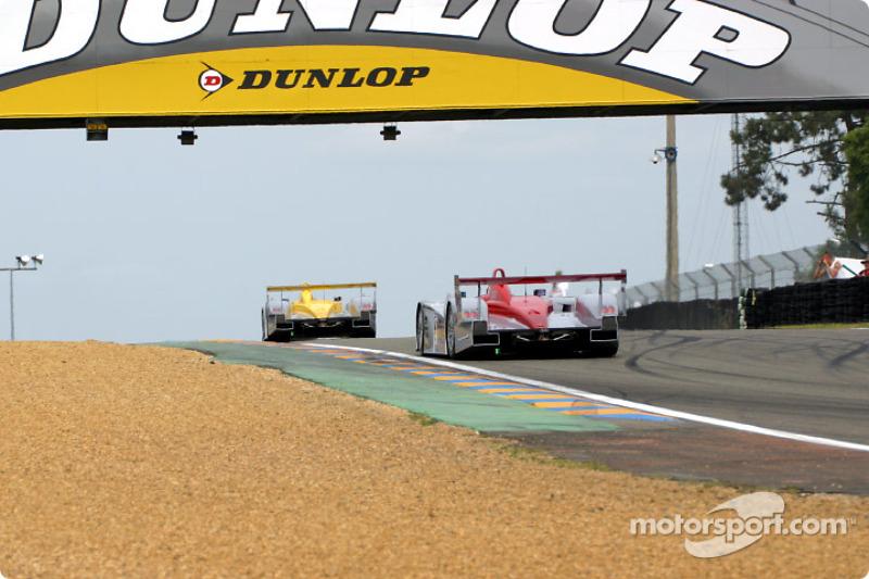 Third lap: the Audis of Johnny Herbert and Frank Biela leading