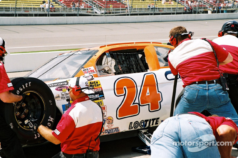 Pitstop for Chuck Weber