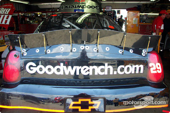 Rear spoiler attachment on Kevin Harvick's Chevy
