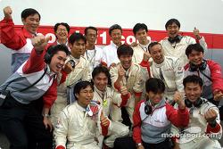 Honda crew members celebrating