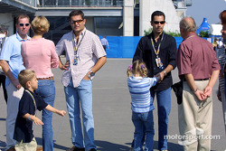 Gil de Ferran and family with Helio Castroneves