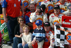 Ricky Craven celebrates with his team