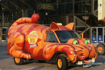 The Meow Mix Mobile