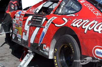 Damage on Kurt Busch car