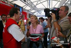 Olivier Panis celebrates 10 years in Grand Prix racing