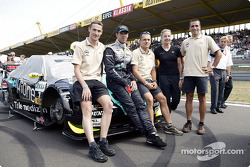 Opel triathlon team visits Manuel Reuter on the starting grid