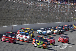 Greg Biffle and Kevin Lepage lead the field on a restart