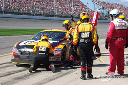 Pitstop for Ward Burton