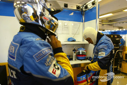Jarno Trulli and Fernando Alonso get ready