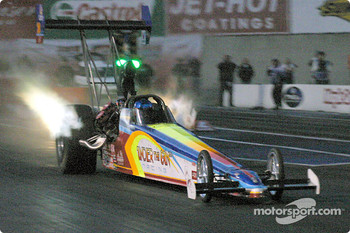 Michael Gunderson set the world record for Top Alcohol Dragster on his way to victory