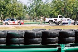 #69 Marcus Motorsports BMW M3: Brian Cunningham, Hugh Plumb behind tow truck
