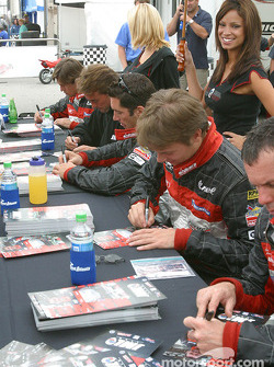 Autograph session: Ben Leuenberger