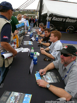 Autograph session: Jeff Zwart