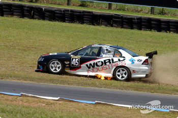 Kiwi Jason Richards runs wide at Turn 2