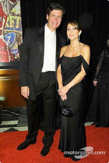 Michael Waltrip with wife Elizabeth