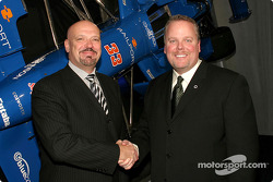 Rocketsports team owner Paul Gentilozzi shakes hands with Johnson Controls Group Vice President Brian Kesseler; JCI announced their return to the Champ Car World Series, and continued sponsorship of Rocketsports at the Auto Show