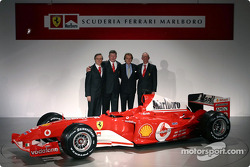 Paolo Martinelli, Ross Brawn, Luca di Montezemelo and Rory Byrne with the new Ferrari F2004