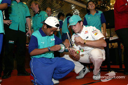 Interactive programme with students in Malaysia: Giancarlo Fisichella