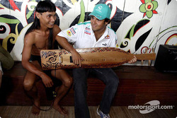 Sauber Petronas visit Sarawak Cultural Village: Felipe Massa