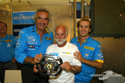 Renault F1 team dinner with Jarno Trulli's dad Enzo: Flavio Briatore, Enzo Trulli and Jarno Trulli