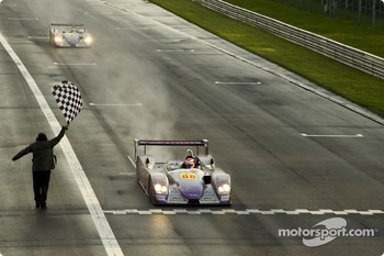 #88 Audi Sport UK Team Veloqx Audi R8: Jamie Davies, Johnny Herbert takes the checkered flag
