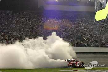 Dale Earnhardt Jr. does a smoky doughnut
