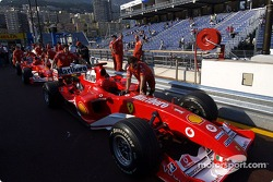 Ferrari F2004 in technical inspection line