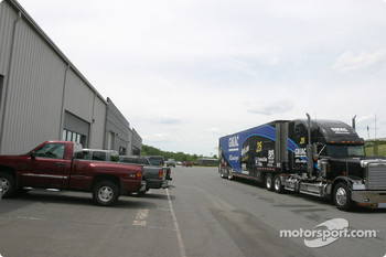 Visit of Hendrick Motorsports: back of one of the shops