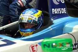 Sébastien Bourdais waits for repairs