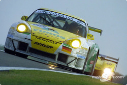 #85 Freisinger Motorsport: Stéphane Ortelli, Emmanuel Collard
