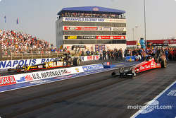 Top Fuel final: Tony Schumacher and Doug Kalitta