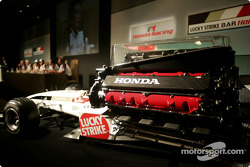 Honda Racing press conference: Ken Hashimoto, Takeo Kiuchi, Takuma Sato, Jenson Button, Geoff Willis and David Richards