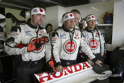 BAR-Honda team members watch qualifying