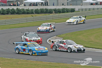 #66 The Racers Group Porsche GT3 RS: Ian James, RJ Valentine, Chris Gleason, #77 G&W Motorsports Porsche GT3 RS: Mark Greenberg, Spencer Pumpelly
