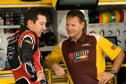 NASCAR-CUP: Kyle Busch, Joe Gibbs Racing Toyota and crew chief Dave Rogers