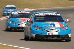 Yvan Muller leads Rob Huff and Norbert Michelisz